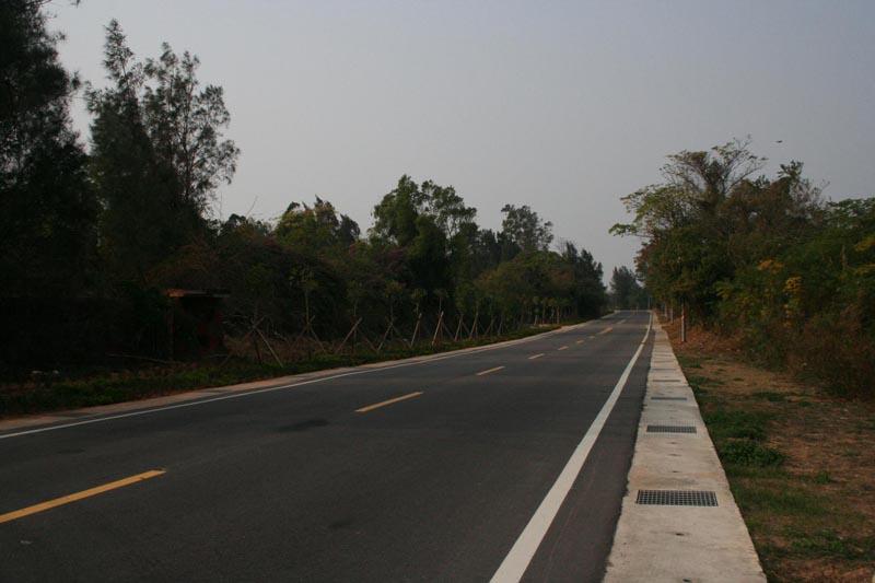 工務局-速邁樂加油站至榜林圓環段道路改善工程之照片
