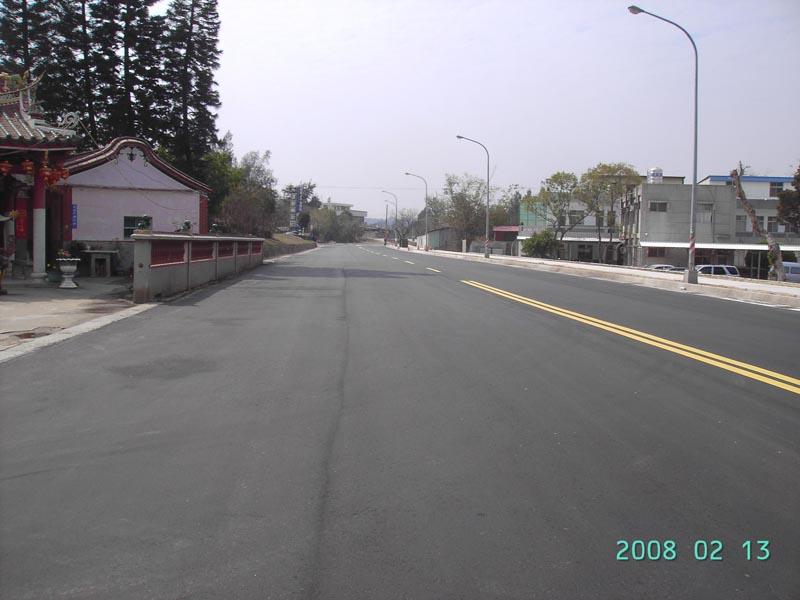 工務局-西海路浯江橋至賢厝路面改善工程之照片