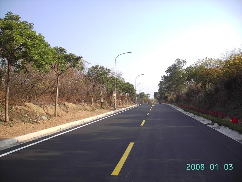 工務局-西海路水頭碼頭至賢厝三角圓環段道路改善工程之照片