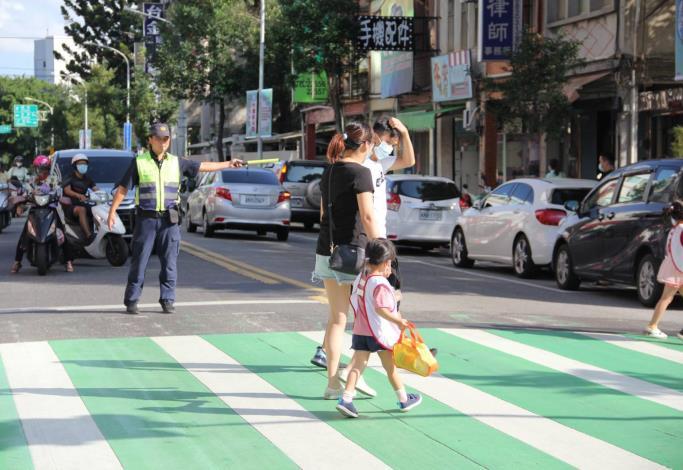 3-109年9月10日路口安全宣導及交通稽查1