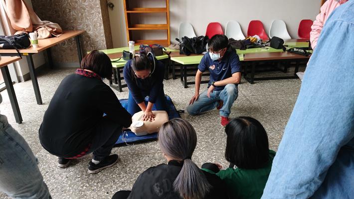 1091024辦理本縣民眾急救教育訓練1.JPG