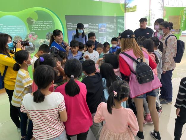 1091112 西口國小參訪低碳教育館