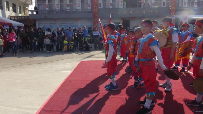 「精彩表演藝精湛」節目定時表演:邀請學校、民俗團體、社區及街頭藝人等,每日4個時段定時表演。