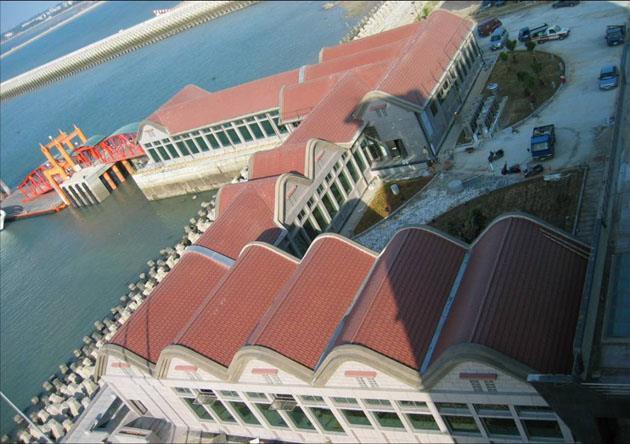 水頭商港風雨走廊浮動碼頭.jpg