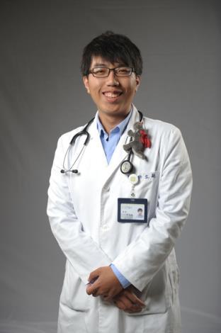 許立航醫師